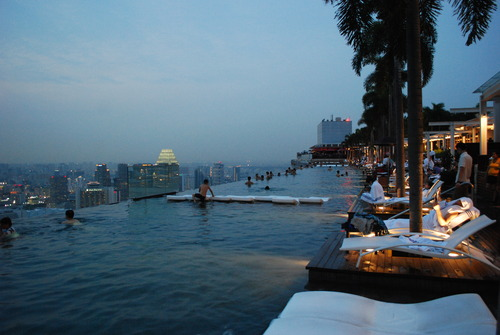 singapore infinity pool1