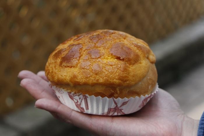 hk - pineapple bread