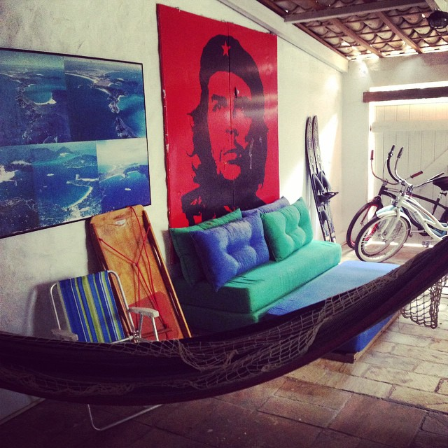 arraial do cabo hostel lounge