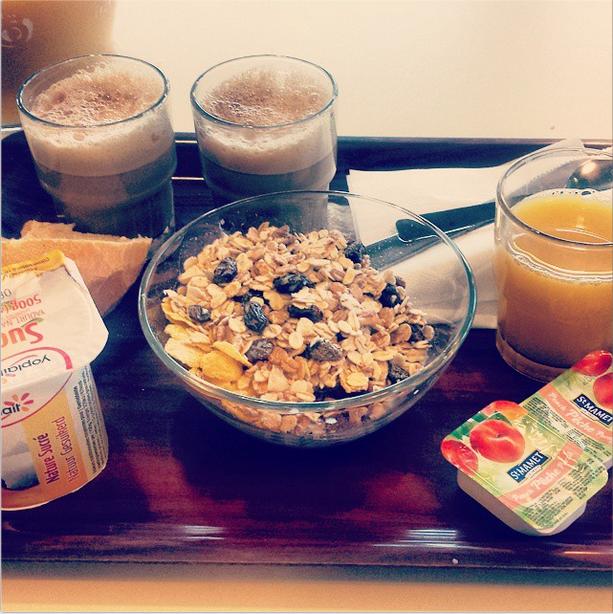 Breakfast before Rennes
