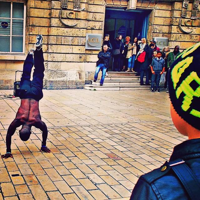 Street performers in Amiens